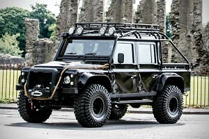 1985 Land Rover Defender  pectre Edition Land Rover300