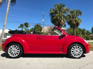 2008 Volkswagen Beetle - Classic CONVERTIBLE SE! ONE OWNER! 78K MILES! GORGEOUS 2008 VW NEW BEETLE CONVERTIBLE SE - ONE OWNER - 78K MILES - RED ON BLACK300