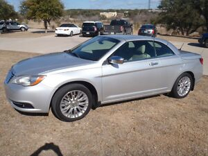 2011 Chrysler 200 Series LIMITED 2011 CHRYSLER 2OO LTD RETRACTABLE HARDTOP CONVERTIBLE,56K MILES,EXC COND,LOADED300