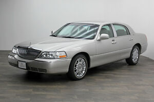 2006 Lincoln Town Car ~ Designer Series 2006 LINCOLN TOWN CAR ~ DESIGNER SERIES300