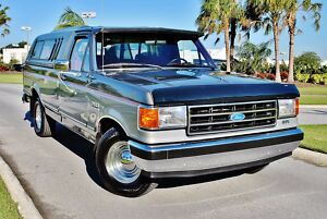 1989 Ford F-150 XLT Lariat 30k Original Miles Museum Quality Truck 89 Ford F-150 XLT Lariat 30k Original Miles Like New Museum Quality best in U.S300