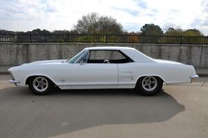 1964 Buick Riviera Riviera Wildcat 1965 Buick Riviera Nail Head Wildcat 465 425 Narrowed Rear Show Car300