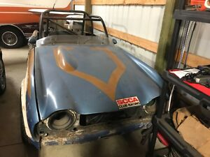1965 Triumph TR4 Grey 1965 Triumph TR4. Race car easily converted back to street , runs well low Res300