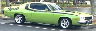 1974 Plymouth Road Runner  Plymouth Road Runner Factory A/C and 4-Speed Hurst Pistol Grip400