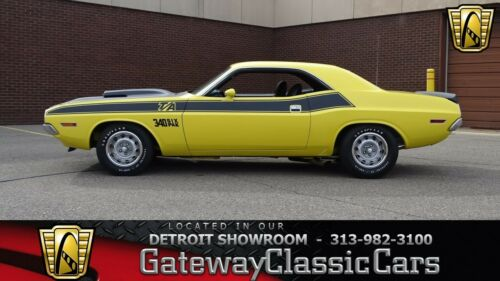 1970 Dodge Challenger T/A 0 Top Banana Coupe 340 CID V8 Six Pack 4 Speed Manual