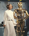CARRIE FISHER 61 WITH CP30 (PRINCESS LEILA STAR WARS) CAST PHOTO PRINT