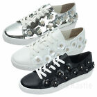 AnnaKastle Womens Floral Embellishment Low Top Sneaker