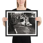 "Внешний вид - Marilyn Monroe - ""Garage Workout"" - Framed Fantasy Photographic Artwork"