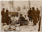 WWI FRANCE SOLIDERS IN UNIFORM & SNOW GEAR ANTIQUE FRENCH NEWS PRESS PHOTO