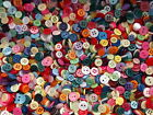 SMALL MIXED BUTTONS ASSORTED MIXED COLOURS & STYLES DOLL BUTTONS CRAFTS ETC