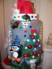 091 TACKY UGLY CHRISTMAS SWEATER VEST MENS M SINGING PENGUIN LIGHTS SANTA HAT