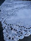 6 x Vinyl lace wipeable place table dinner mats SILVER/WHITE  127