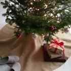 Christmas Burlap Jute Tree Skirt 60 inches round - Natural or Red