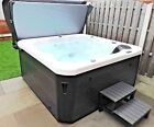Hot Tub Luxury Spa H2O Retreat 4-5 Seater Mood lighting Loungers Hydrotherapy