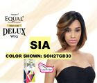 SHAKE N GO FREETRESS EQUAL SYNTHETIC PREMIUM DELUX WIG SIA Short Straight