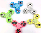 Tri-Spinner Fidget Spinner Glow in the Dark Hand Finger Spinner Focus Desk Toys