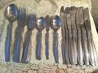 Oneida Stainless Vista with Scroll  28  Pieces Knives Forks Spoons