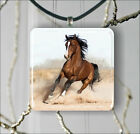 HORSE BROWN STALLION RUNNING PENDANT NECKLACE 3 SIZES CHOICE -dhy7Z