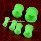 """2x Green Heart 6g-1/2"""" Flared Flexible Silicone Ear Tunnel Plugs Stretcher Gauge"""