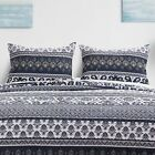 Внешний вид - Barefoot Bungalow Native Tropical Tiki Style & Reversible Pillow Sham, Indigo