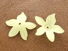 23x25mm 40/80pcs FROSTED YELLOW ACRYLIC PLASTIC FLOWER LOOSE BEADS CM4649