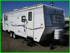 C 2002 Komfort Travel Trailer 28-Feet NO RESERVE