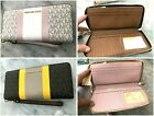 Michael Kors Jet Set Center Stripe Continental Travel Organizer Wallet Wristlet image